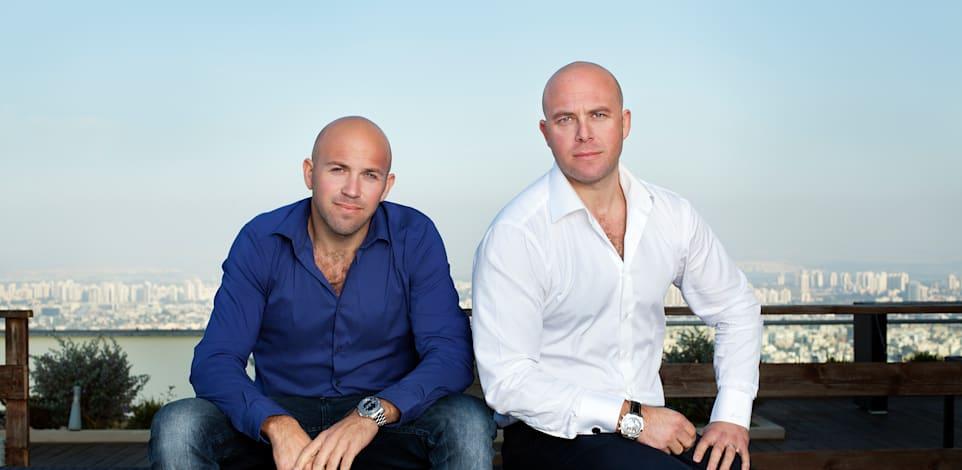 האחים צחי וחן נוימן / צילום: ענבל מרמרי