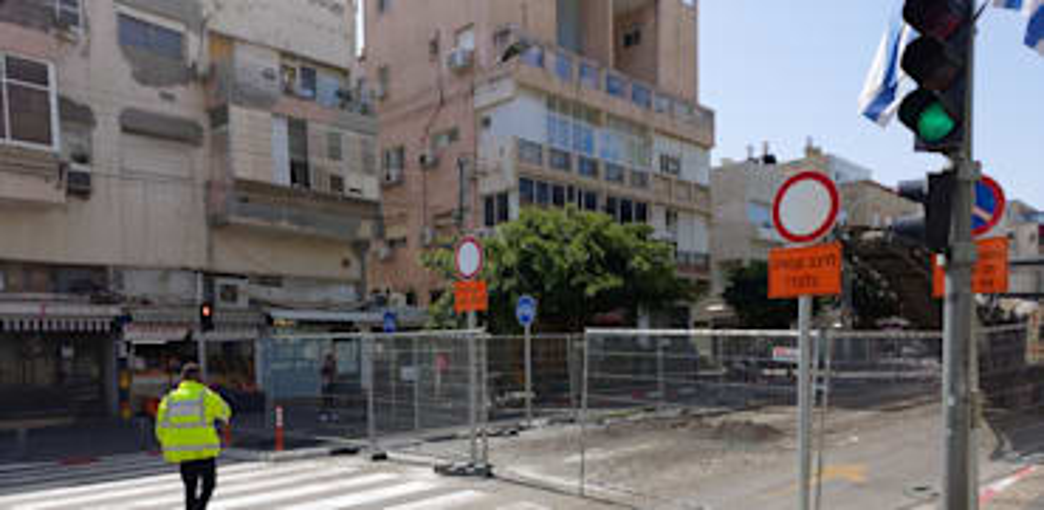 עבודות הרכבת הקלה ברחוב בן יהודה, תל אביב / צילום: איל יצהר
