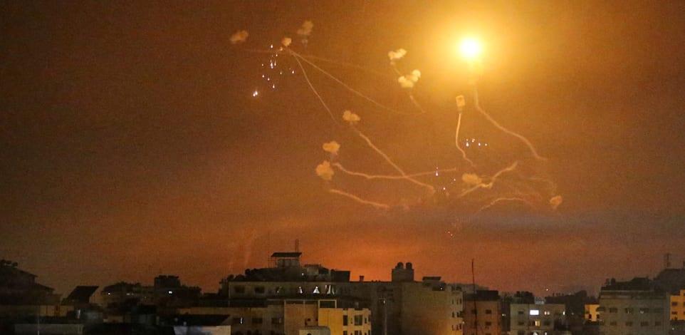 יירוטים של כיפת ברזל / צילום: Reuters, איברהים אבו מוסטפה