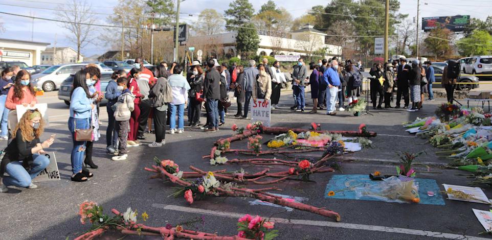 הפגנה שקטה לזכר קורבנות הירי ההמוני באטלנטה / צילום: Shutterstock
