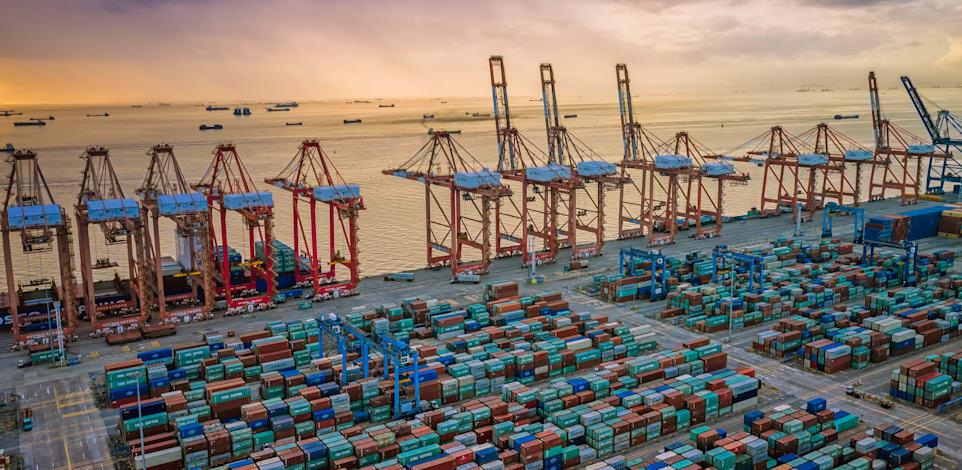 נמל גואנגג'ואו בסין / צילום: Shutterstock, GuoZhongHua