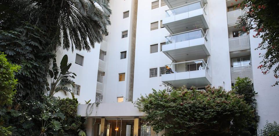 הבניין שבו נמצא הפנטהאוז של מיכאל שטראוס / צילום: כדיה לוי