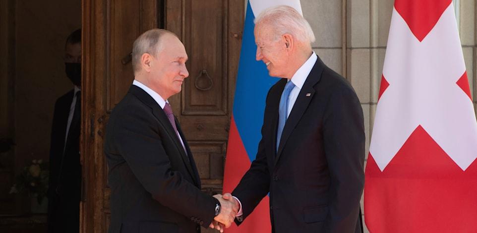 ביידן פוגש את פוטין לראשונה מאז שנבחר לנשיא בז'נבה / צילום: Associated Press, Saul Loeb