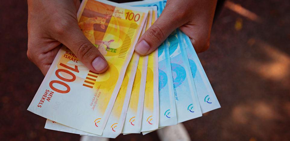 הורדת תקרת השימוש במזומן תיכנס לתוקף באוגוסט 2022 / צילום: Shutterstock, Evgeniy pavlovski