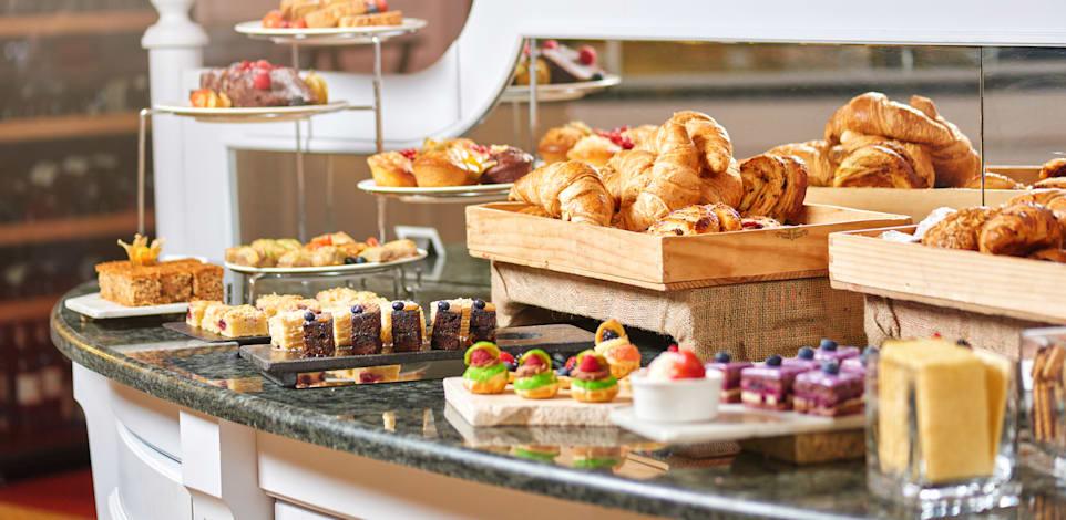 לעתים קרובות, אורחים במלונות מקבלים פיצוי על הטבות שקוצצו רק לאחר שהם מתלוננים על זה / צילום: Shutterstock, Kartashov Stas