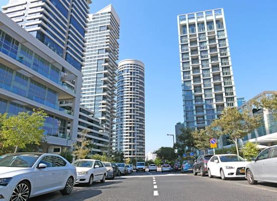 """פארק צמרת,  תל אביב.  """"הוא מנותק. אנשים רוצים  לגור בשכונה  בתוך העיר"""" / צילום: תמר מצפי"""