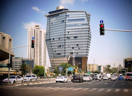 בניין תוצרת הארץ, TOHA בפינת הרחובות דרך השלום ויגאל אלון ת''א / צילום: אמיר מאירי