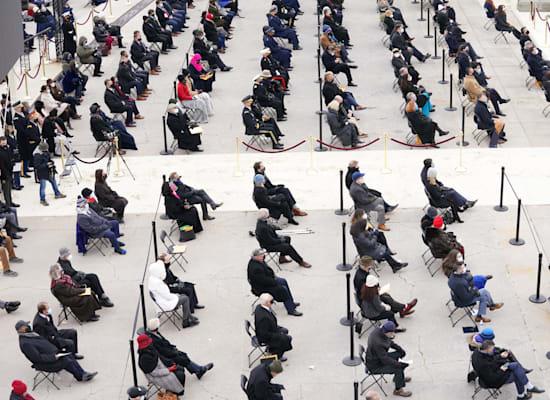 הקהל בהשבעתו של ביידן / צילום: Reuters, Kevin Lamarque