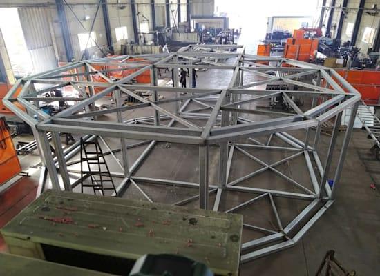המבנה במפעל באשקלון / צילום: אלון שיקאר