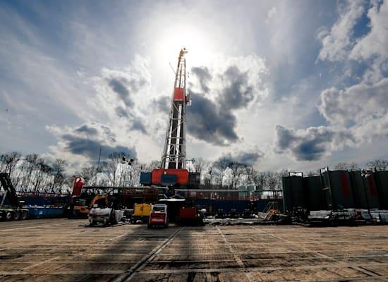קידוח נפט / צילום: Associated Press, Keith Srakocic