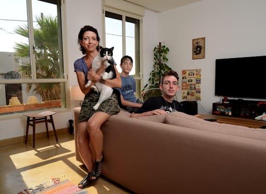 טל רותם ומשפחתה / צילום: איל יצהר