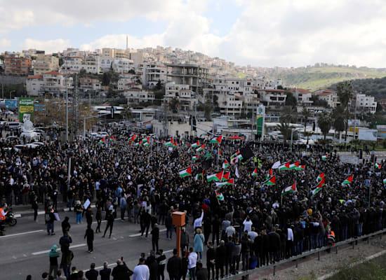 הפגנה באום אל פחם במחאה על המשך האלימות והתנהלות המשטרה / צילום: Reuters, AMMAR AWAD