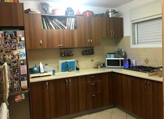 הדירה ברחוב לוי אשכול, מעלות / צילום: גדי לומלסקי