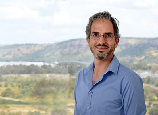 "ד""ר אסף שמיס / צילום: איל יצהר"