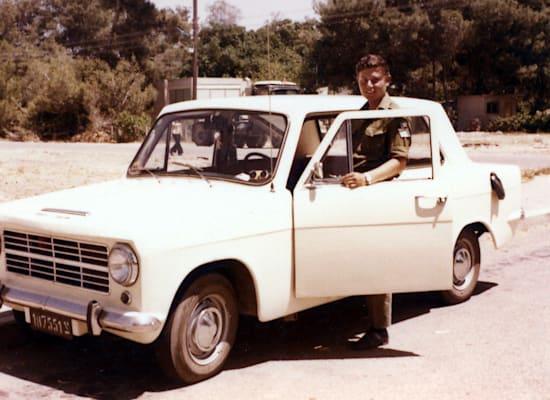 """כרמל דוכס.  מכונית עממית בשירות צה""""ל / צילום: שלום זילברמן מתוך ויקיפדיה"""