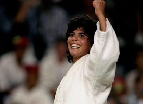 יעל ארד זוכה במדליה אולימפית, 1992 / צילום: Reuters, Phil O'Brien