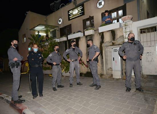 שוטרים בהפגנות ביפו / צילום: איל יצהר