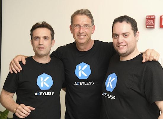 """מייסדי Akeyless  שי און, עודד הראבן ורפאל אנג'ל / צילום: יח""""צ יוסי זליגר"""