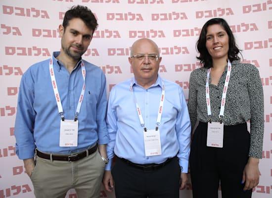 יעל מירון מזמר, ישראל עזיאל ואורי ורשבסקי, גרוס ושות' / צילום: כדיה לוי