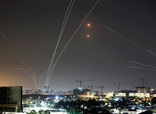 יירוט טילים בשמי גוש דן / צילום: Reuters, Amir Cohen
