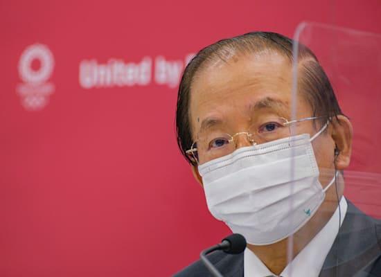 """טושירו מוטו, מנכ""""ל הוועדה המארגנת של המשחקים האולימפיים בטוקיו / צילום: Associated Press, Nicolas Datiche/Pool"""