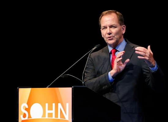 פול טיודור ג'ונס, מנהל קרן הגידור טיודור השקעות / צילום: Reuters, Eduardo Munoz