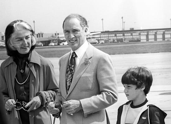 פייר טרודו, בנו ג'סטין ואשתו מרגרט, ב-1980 / צילום: Reuters, PA Images