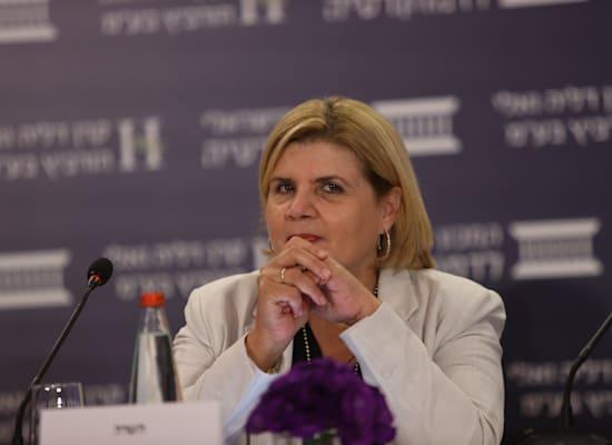 שרת הכלכלה אורנה ברביבאי / צילום: המכון הישראלי לדמוקרטיה