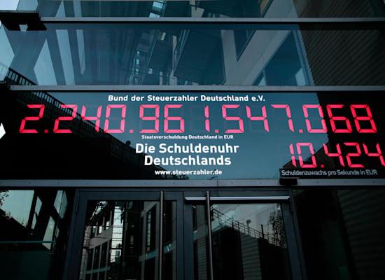שעון החוב הלאומי של גרמניה בברלין, 2020 / צילום: Reuters, Reiner Zensen