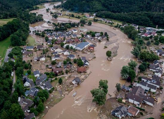 בתים שנהרסו באינסול, גרמניה, בעקבות השיטפונות / צילום: Associated Press, Michael Probst