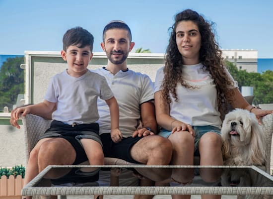 משפחת חיימוביץ. ''לא יכולנו להרשות לעצמנו פער של חצי מיליון שקל'' / צילום: כדיה לוי