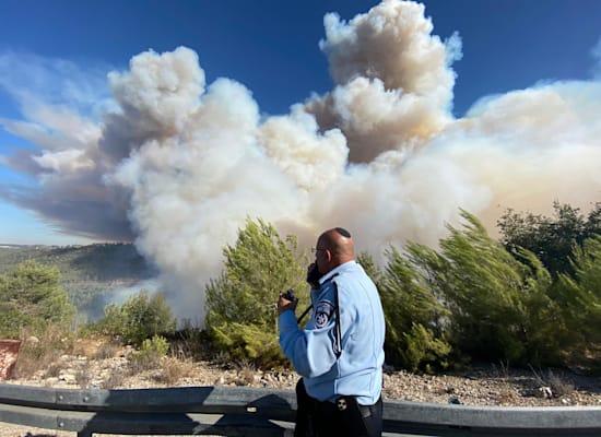 שריפת ענק בהרי ירושלים / צילום: דוברות המשטרה