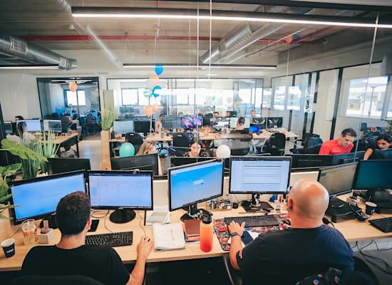 משרדי LSports באשקלון / צילום: לירן אלבז