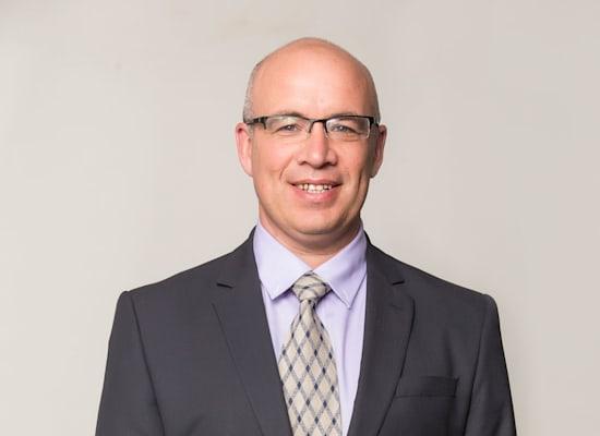 הכלכלן הראשי של מיטב דש, אלכס זבז'ינסקי / צילום: רמי זרנגר