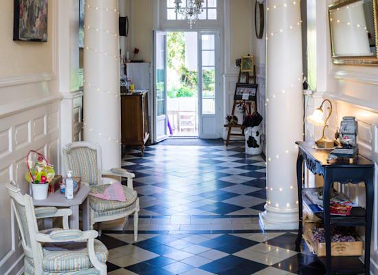 דירת Airbnb בצרפת / צילום: Unsplash, aurelia dubois
