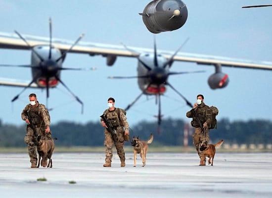 חיילים גרמנים חוזרים מאפגניסטן לאחר סיום מבצע פינוי הכוחות מקאבול, אוגוסט / צילום: Associated Press, Martin Meissner