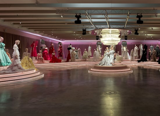 תערוכת הנשף מוזיאון העיצוב חולון / צילום: אלעד שריג