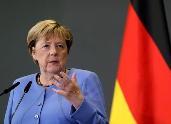 אנגלה מרקל. שלוש מתוך ארבע הכהונות שלה היו בראש קואליציה רחבה / צילום: Associated Press, Franc Zhurda