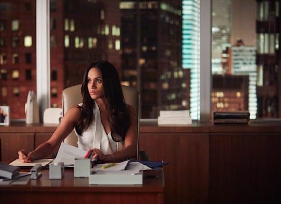 מייגן מרקל בתפקיד רייצ'ל זיין בסדרה Suits / צילום: Shane Mahood/USA Network באדיבות yes