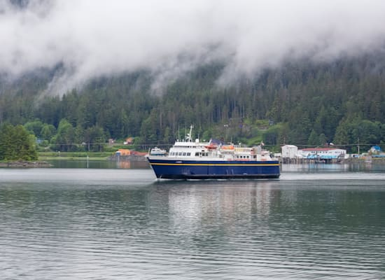 מעבורת של שירות המעבורות של אלסקה. השירות יהנה מחוק התשתיות / צילום: Shutterstock