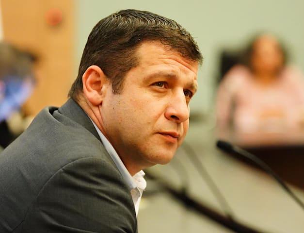 אלכס קושניר ישראל ביתנו / צילום: דוברות הכנסת עדינה ולמן