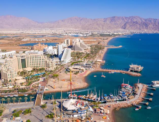 קו החוף של אילת / צילום: Shutterstock, StockStudio Aerials