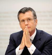 """פיליפ הילדברנד. סגן יו""""ר ענקית ההשקעות בלקרוק ומועמד לתפקיד מנכ""""ל  ה־ / צילום: Reuters, Arnd Wiegmann"""