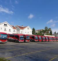 חניון האוטובוסים דן בכניסה לרמת החייל / צילום: איל יצהר