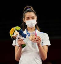 אבישג סמברג עם מדליית הארד בטאקוונדו באולימפיאדת טוקיו / צילום: Associated Press, Themba Hadebe