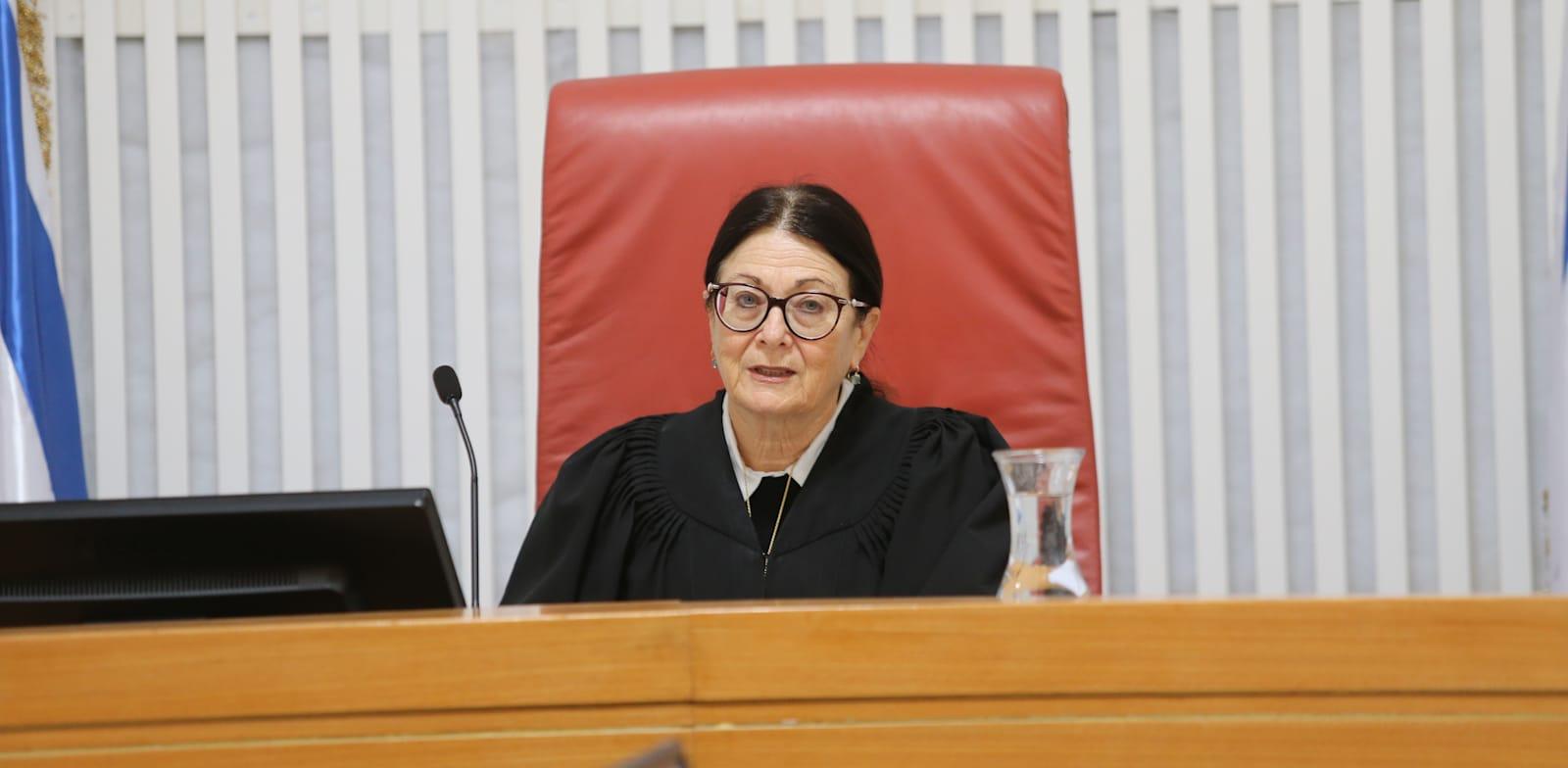 """נשיאת בית המשפט העליון, השופטת אסתר חיות / צילום: אלכס קולומויסקי, """"ידיעות אחרונות"""""""
