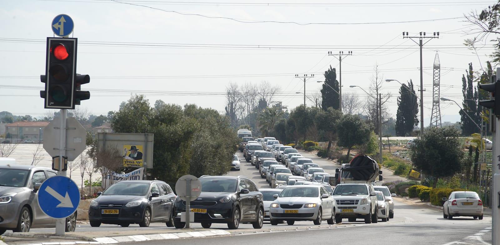 Traffic lights Photo: Eyal Izhar