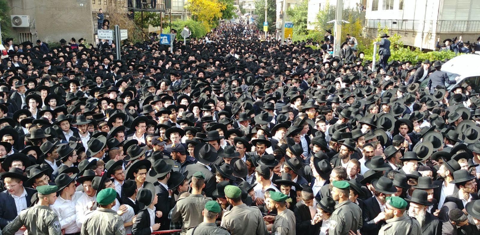הלוויה המונית בבני ברק / צילום: שלומי גבאי , באדיבות וואלה חדשות