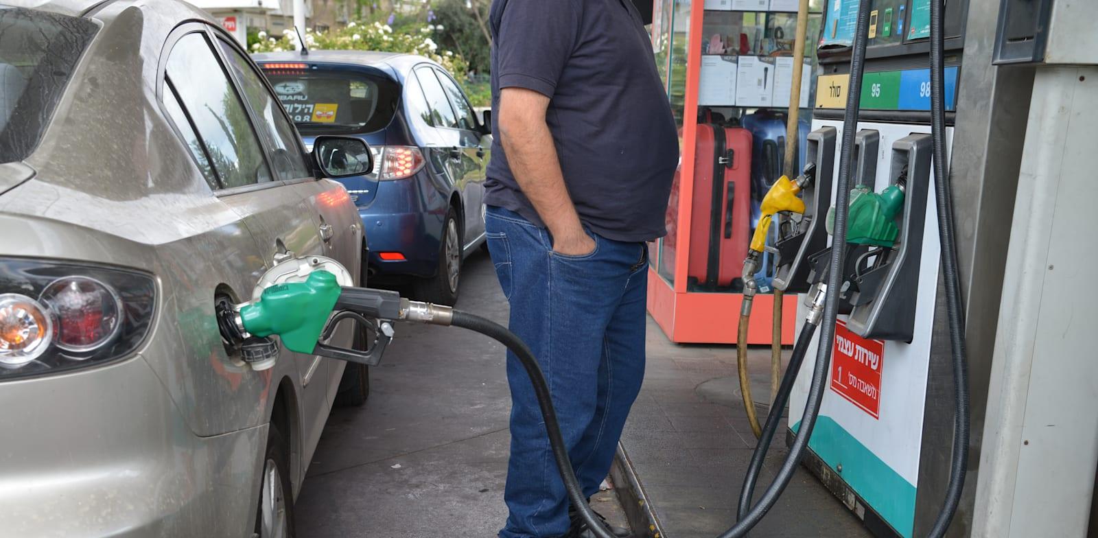 Gas station Photo: Tamar Matsafi
