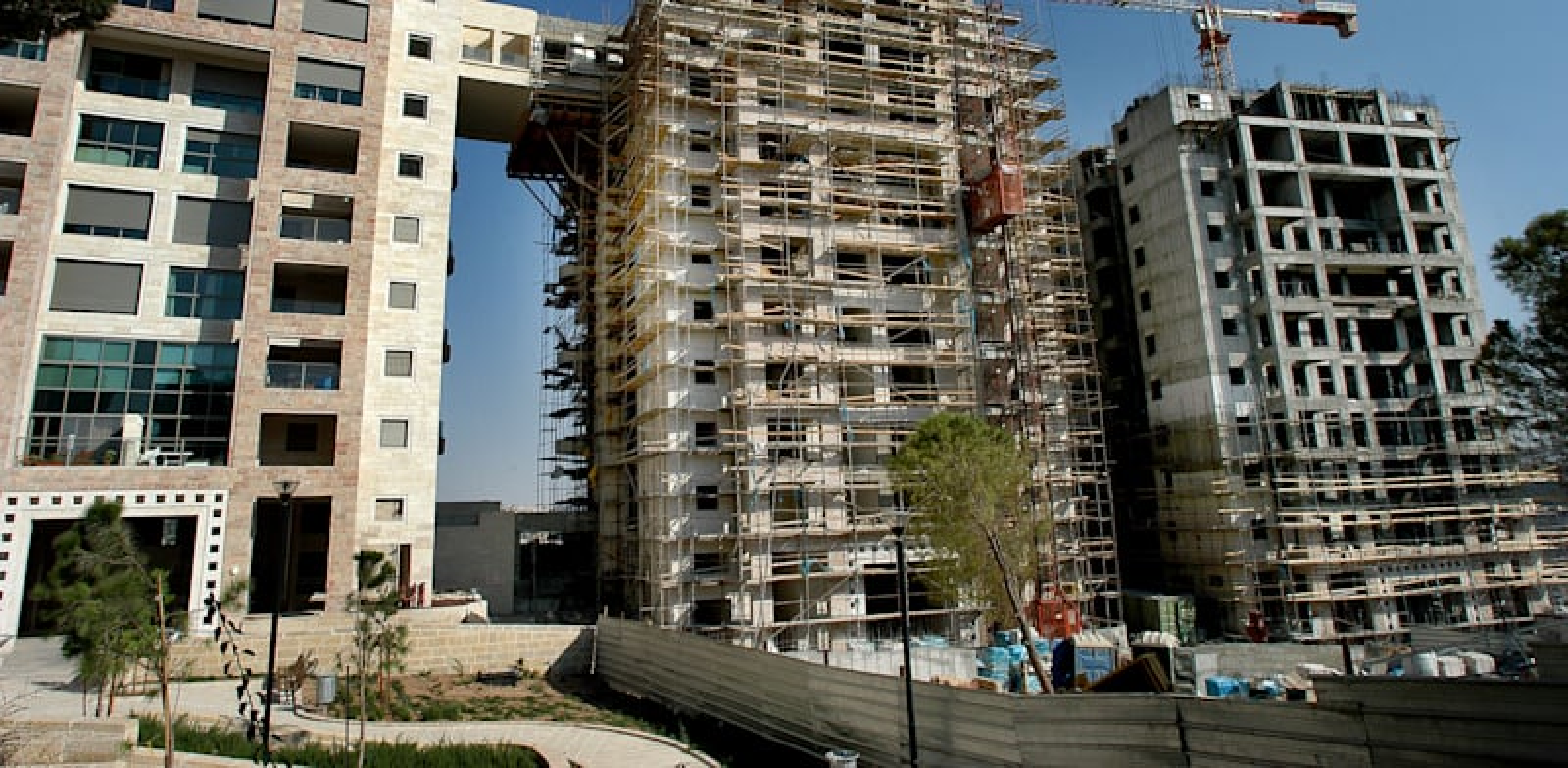 Homes under construction Photo: Eyal Izhar